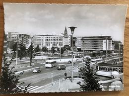 Essen Porsche-Platz Mit Autos Und Bus 1957 - Essen