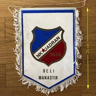 Flag (Pennant / Banderín) ZA000411 - Football (Soccer / Calcio) Croatia Jadran Beli Manastir - Habillement, Souvenirs & Autres