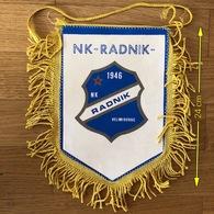 Flag (Pennant / Banderín) ZA000437 - Football (Soccer / Calcio) Croatia Radnik Velimirovac - Apparel, Souvenirs & Other