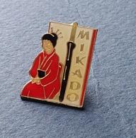 PIN'S CHOCOLAT  MIKADO SAUVAGINE DIFFUSION - Badges