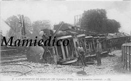 30CP(SNCF Catastrophe BERNAY+DOURDAN+ARGENTEUIL+ACHERES...)+Expo Locos Bruxelles+Aviat+Milit+Pétanque+Folk+Médail.. N°42 - Postcards