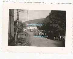 WW2 RARE ! PHOTO ORIGINALE Soldats Allemands à DOCELLES Près Bruyères Epinal VOSGES 88 (à Confirmer = Lire) - 1939-45