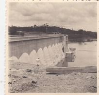 Huit Photos Originales De Côte D'Ivoire Sur La Construction Du Barrage De Ayamé - Places
