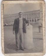 PORTUGAL   -  PHOTO PHOTOGRAPH - PHOTOGRAPHY   -  LISBOA -  8,9 Cm X 6,9 Cm - Anonymous Persons