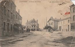 Haute-loire : DUNIERES : L'avenue De La Gare ( état Mauvais ) - Autres Communes