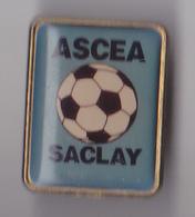 PIN'S THEME FOOTBALL CLUB DE SACLAY EN ESSONNE - Football
