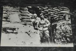 3625   FRONT ITALIEN    SOLDATS FRANCAIS A L'ENTREE D'UN ABRI - Sin Clasificación