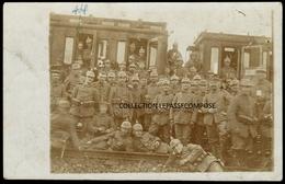 TOP - INSTERBURG OSTPREUSSEN - BAHNHOF - SOLDATEN VOR EINEM ZUG - GARE - SOLDATS DEVANT UN TRAIN - SEPTEMBER 1915 - Ostpreussen