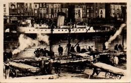 76 DIEPPE  Débarquement De Poissons - Dieppe