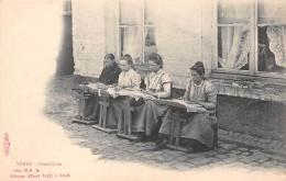 Belgique. N° 47514 . Ypres . Dentellieres - Ieper