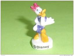 Fèves / Disney : Donald , Daisy  T32 - Disney