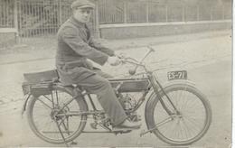 SUPERBE CARTE PHOTO - Moto Ancienne - Oldtimer Motor Bike - Motos