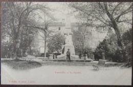 Lunéville - Carte Postale Précurseur - Le Square - Animée - Non-Circulée - Luneville