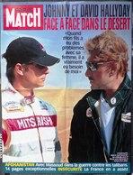 JOHNNY HALLYDAY ET DAVID AFFICHE DE PRESSE PARIS MATCH PAPIER ÉPAIS GLACÉ 58 X 77cm 19 NOVEMBRE 1990 - SITE Serbon63 - Affiches