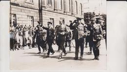 DIE BRITISCHEN FRONTKAMPFER  UNTER DEN LINZEN BERLIN  GERMAN FOTO DE PRESSE Brian L Davis Archive - Guerre, Militaire