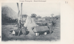 CONGO  HAUT OUBANGUI   Divers Tams Tams à ZANDE - Congo Français - Autres