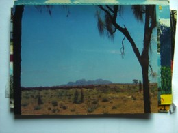 Australië Australia NT The Olgas Dominate The Plains West Of Ayers Rock - Australië