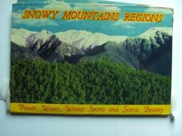 Australië Australia NSW Snowy Maountains Regions Map/ Folder  With 12 Very Nice Photo's - Australia