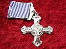 Distinguished Flying Cross Regno Unito 1918 Con Nastrino - Medals