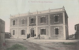 CPA 13 SALIN DE GIRAUD CASERNE DES DOUANES  USINES SOLVAY - France