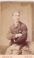 ANTIQUE CDV PHOTOGRAPH -  MAN WITH FOLDED ARMS.  MILE END STUDIO - Photographs