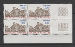 FRANCE / 1985 / Y&T N° 2388 ** : Roche De Solutré X 4 En Bloc - Gomme D'origine Intacte - Neufs