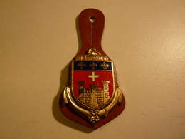 Insigne Pucelle Militaire- 38° GC COMPAGNIE DE CAMP DE CAYLUS DRAGO G2105 - Army