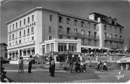 56 - Presqu'Ile De QUIBERON : Le GRAND HOTEL De PENTHIEVRE - CPSM Dentelée Noir Blanc Grand Format 1957 - Morbihan - Quiberon