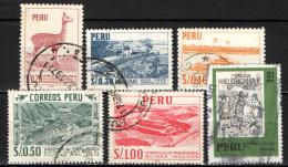 PERU' - 1966 - VIGOGNA PERUVIANA - COLTIVAZIONE DI MAIS E FORTEZZA DI PARAMONGA - PRINTED: INA - USATI - Pérou