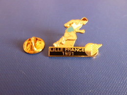 Pin's Athlétisme Course à Pied - Lille France 1991 - World Corporate Games (PE10) - Athletics