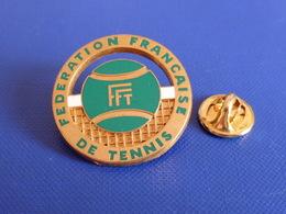 Broche FFT Fédération Française De Tennis - Balle Verte - Filet - Ballard (Z1) - Tennis