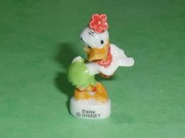 Fèves / Disney : Donald , Daisy Danseuse   T32 - Disney