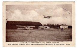 CPA Saint Louis Sénégal Au Terrain D' Aviation Atterrissage Avion Postal Lignes Latécoère Apportant Courrier Edi Tacher - Sénégal