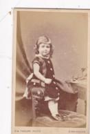 ANTIQUE CDV PHOTO. PRETTY SMALL GIRL . BIRMINGHAM STUDIO - Photographs