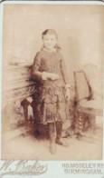 ANTIQUE CDV PHOTO.   YOUNG GIRL . BIRMINGHAM STUDIO - Photographs