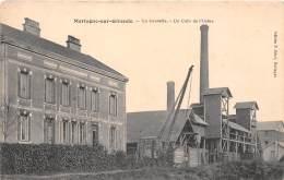 33 - GIRONDE / 332286 - Mortagne Sur Gironde - Un Coin De L'usine - Défaut - France