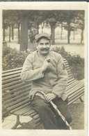 Carte Photo , Un Poilu En Convalescence , Ww1 , écrite 1917 * Souvenir D'un Vieux Poilu - Guerre 1914-18
