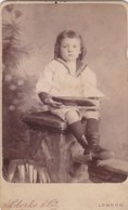ANTIQUE CDV PHOTO - CHILD WITH TOY BOAT. LONDON SUDIO - Photographs