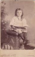 ANTIQUE CDV PHOTO - CHILD WITH TOY BOAT. LONDON SUDIO - Anciennes (Av. 1900)