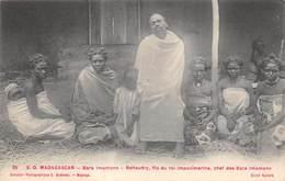 Afrique. Madagascar:   Bara Imamono Fil Du Roi    (voir Scan) - Madagascar
