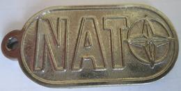 NATO-KFOR, KEY-RING, METAL, 4,5 X 2,1 Cm - Key-rings