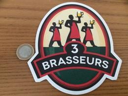 Sous-bock ** «LES 3 BRASSEURS» (Lille 59) - Sous-bocks