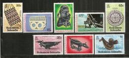 Artisanat Des îles Salomon .   8 Timbres Neufs **   Côte 12,00 Euro - Salomon (Iles 1978-...)