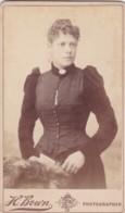 ANTIQUE CDV PHOTO - SMART LADY . LONDON STUDIO - Photographs