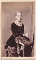 ANTIQUE CDV PHOTO - LADY WEARING EARRINGS. HARROGATE STUDIO - Photographs