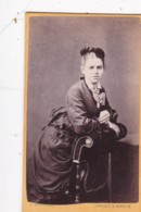 ANTIQUE CDV PHOTO - LADY LEANING ON A CHAIR. CARLISLE @ PENRITH STUDIO - Photographs