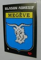 AUTOCOLLANT BLASON MEGEVE (HAUTE-SAVOIE) MEGEVE - NEUF - Stickers