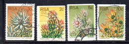 T1172 - SUD AFRICA SOUTH 1977 , Yvert Serie N. 433/436 Usata . Ordinaria Roulettes - Sud Africa (1961-...)