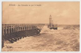 Ostende - Les Estacades Un Jour Le Tempete - Oostende