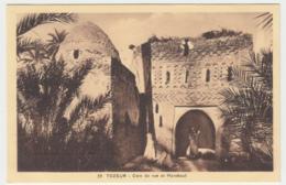 Tozeur - Coin De Rue Et Marabout - Túnez